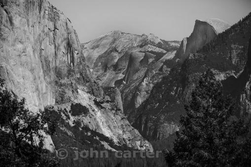 YosemiteValley_bw
